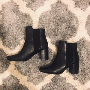 ZARA SIZE LEATHER BOOTS SZ 8